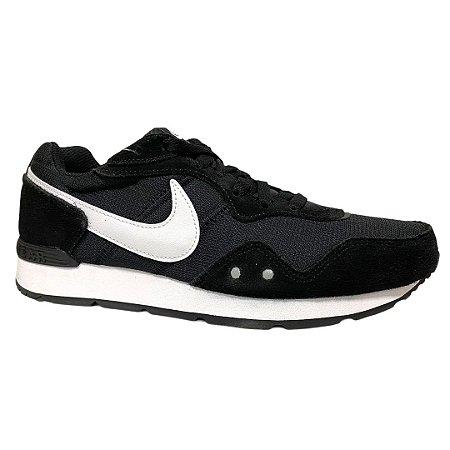 Tênis Masculino Nike Venture Runner Black White Black - CK2944-002 - Preto