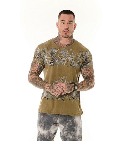 Camiseta Algodão Slim Full Faixas em Folhagens Caqui
