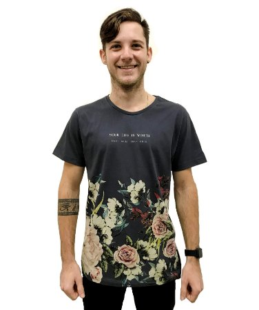 Camiseta Algodão Slim Your Life Is Worth
