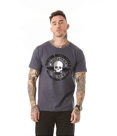 Camiseta Algodão Slim Caveira Foil + Flocado