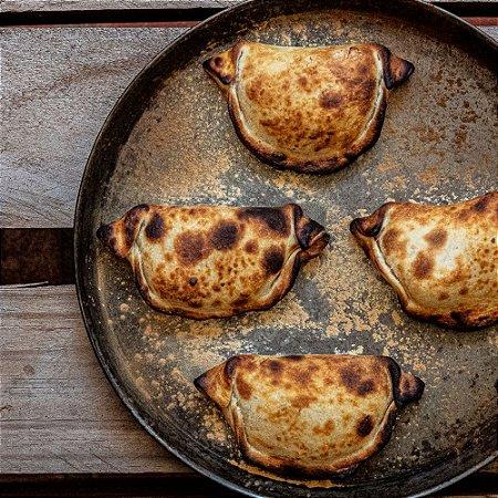 Empanada de Gorgonzola com cebola morada (3 unidades)
