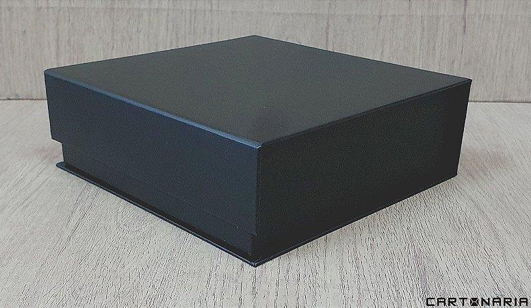 Caixa 18x18x6