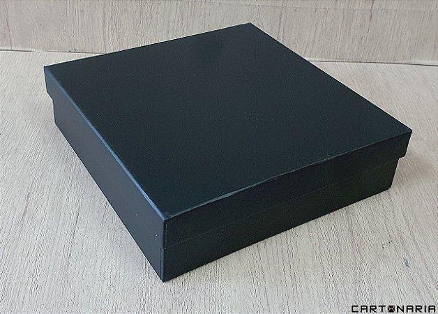 Caixa 25,8x25,6x7