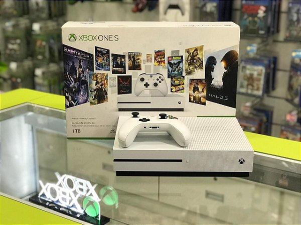 Xbox One S - 1TB - Seminovo
