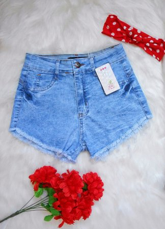 Shorts Jeans Claro Desfiado