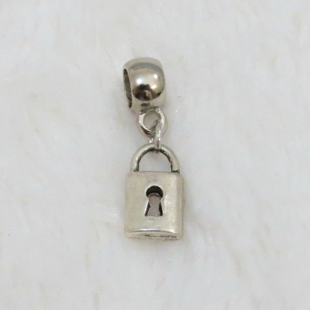 Berloque pingente cadeado BA7UNN87U