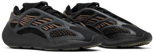 Tênis Adidas Yeezy 700 V3 - Clay Brown