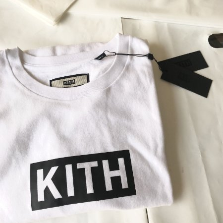 Camiseta Long Sleeve Kith Box Logo - White