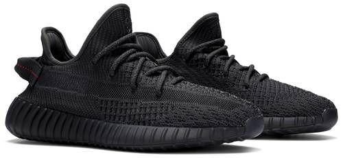 Tênis Adidas Yeezy Boost 350 v2 - Black (Non Reflective)