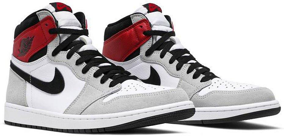 Tênis Nike Air Jordan 1 Retro High - Light Smoke Grey