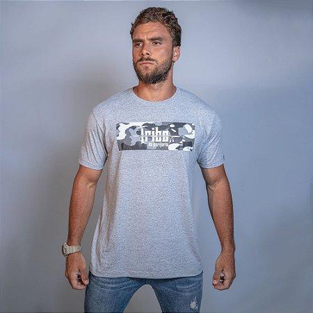 Camiseta Tribo Camuflada Cinza