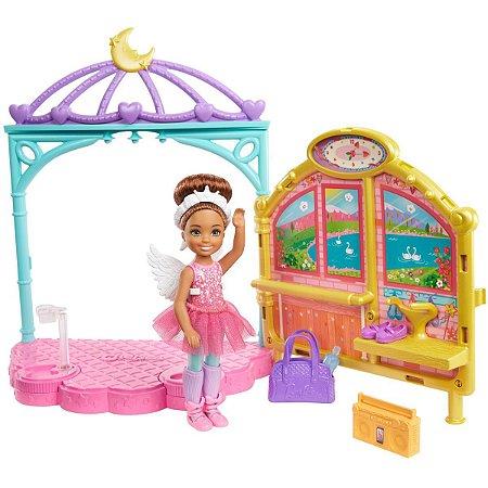 Barbie Family Chelsea Aula De Ballet Mattel
