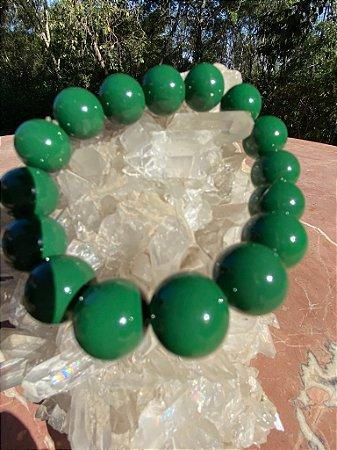 Pulseira de esferas de murano verde bandeira.