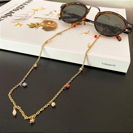Cordão de óculos e cordão de máscara de metal banhado dourado e pingentes multicores de cristais tchecos lapidados.