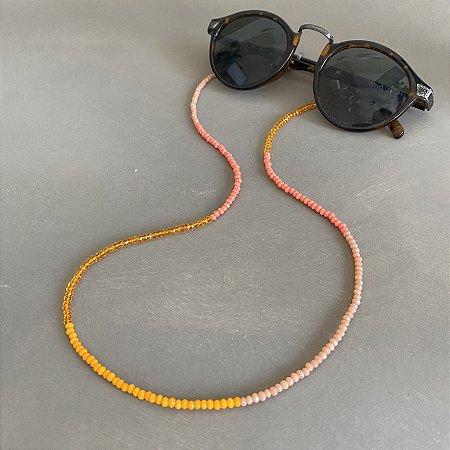 Cordão de óculos e cordão de máscara de cristais tchecos lapidados alaranjados.
