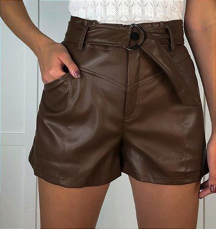 Shorts Couro Eco Isa Baldo Marrom