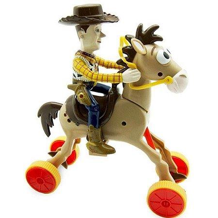 Woody Com Bala No Alvo Galopante