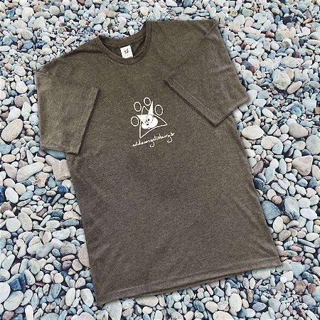Camiseta Cinza Carvão