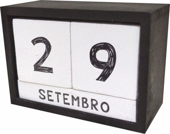 07-07-001 Calendário Laqueado