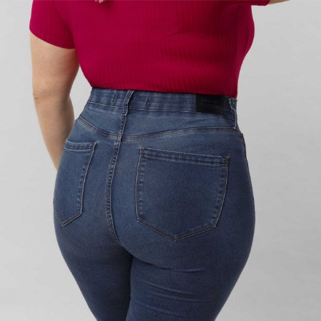 Calça Skinny com Elastano Plus Size Chapa Barriga Jeans Lunender