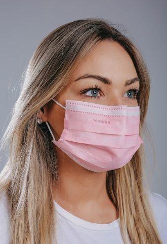 Máscara cirúrgica tripla c/ elástico cx. c/ 50 und. ROSA