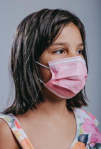 INFANTIL Máscara cirúrgica tripla c/ elástico 50 und. ROSA