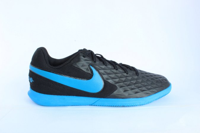 Chuteira Nike Tiempo Legend 8 Club IC At6110-004