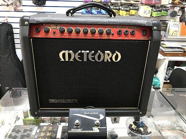 Amplificador Guitarra Meteoro FWG-50 50W RMS com Footswitch - USADO
