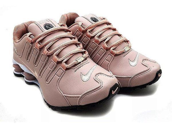 erección Cayo Escultor  Tênis Nike Shox Nz 4 Molas Nude - 95inco Shoes