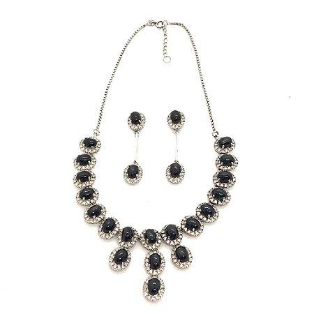 Conjunto de brinco e colar em ônix e zircônia terminação fio de prata 925