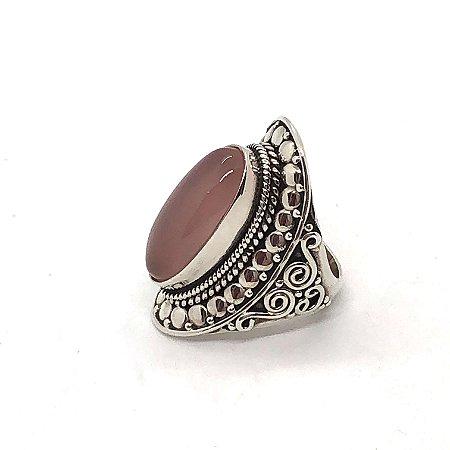 Anel quartzo rosa pedra oval com prata 925 trabalhada