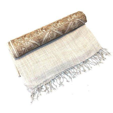 Pashmina indiana ramagens bordadas em alto relevo