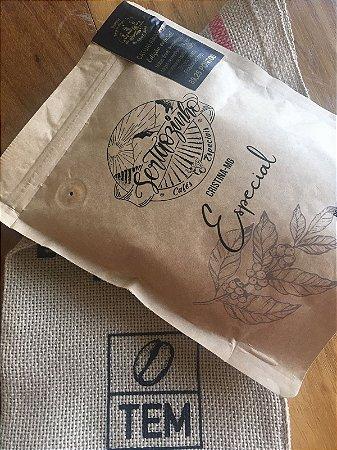 Café Especial Sertãozinho - Flores e Chá Preto