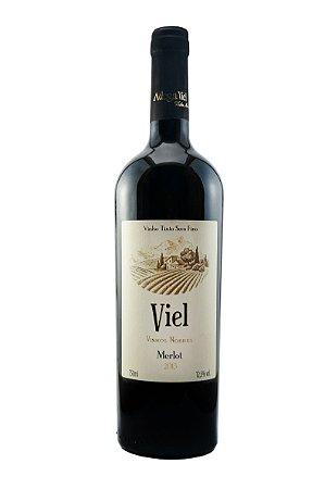 Família Viel Vinho Fino Tinto Seco Merlot
