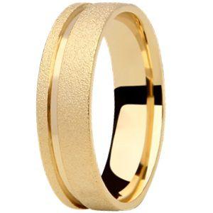 Aliança Reta em Ouro Amarelo 18K com Acabamento Diamantado