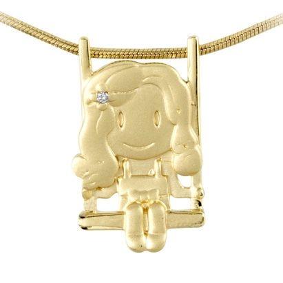 Pingente Menina com Cabelo Cacheado no Balanço em Ouro Amarelo 18k-750 com diamante