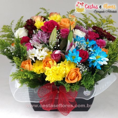 Vaso Duplo de Rosas e Flores do Campo