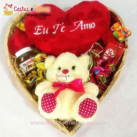 Coração de Chocolates + NUTELA + Coração de Pelúcia + Urso de Pelúcia