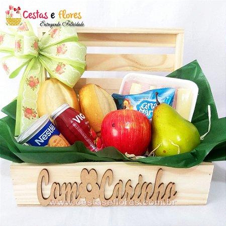 Cesta Single Café da Manhã Baú de Madeira COM CARINHO
