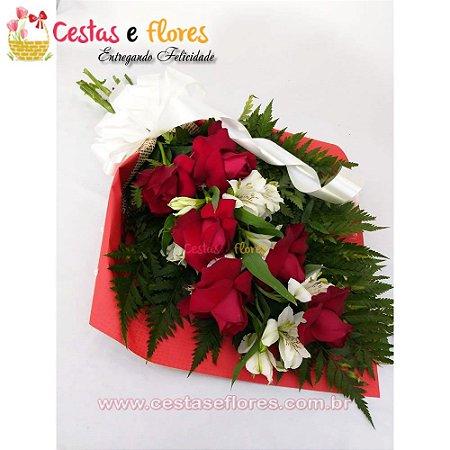 Buque com 06 Rosas Vermelhas Nacionais