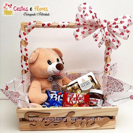 Cesta de Chocolates + Urso de Pelucia + Nutella + Ferrero
