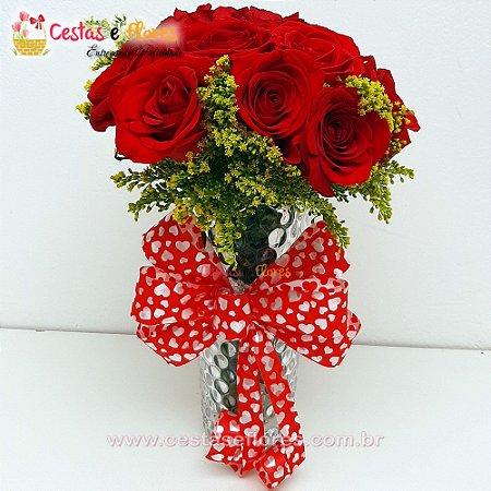 Buque Rosas Vermelhas no Vaso de Vidro