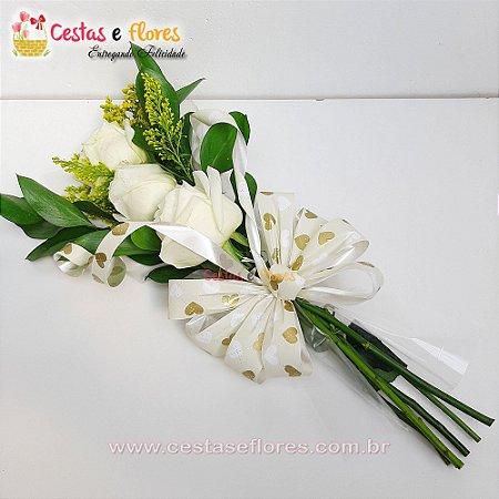 Arranjo de 03 Rosas Brancas