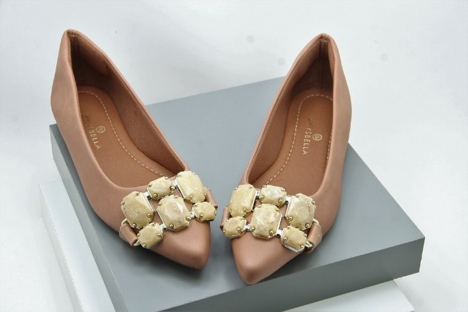 Pointed Jewely - Nude