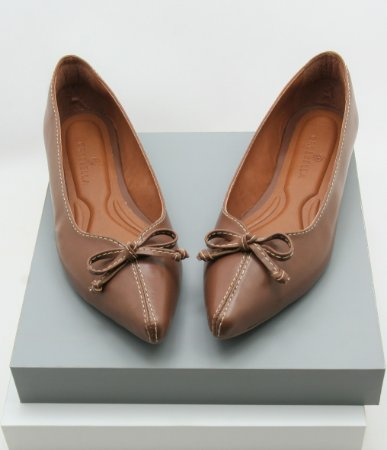Pointed Coming Soon - Chocolatte