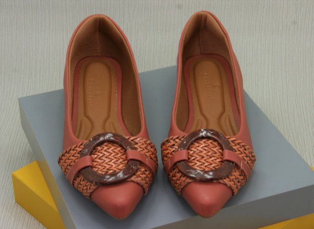 POINTED CIRCLE - CORAL