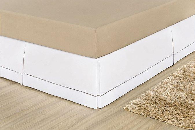 Saia Box Ponto Palito com pregas Macho - Percal 180 fios - Branco