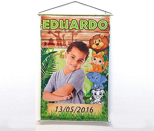 Banner Festa Infantil Personalizado com Bastão - 80 cm x 1,20 m
