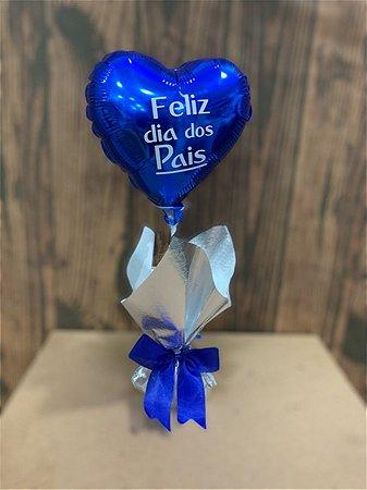 Centro de mesa com balão coração Dia dos pais