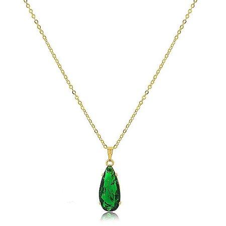 Colar Gota Alongada de Pedra Fusion Verde Folheado a Ouro 18K
